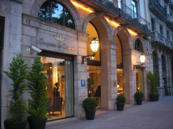 Fa ade de l 39 h tel bild fr n hotel duquesa de cardona - Hotel duques de cardona ...