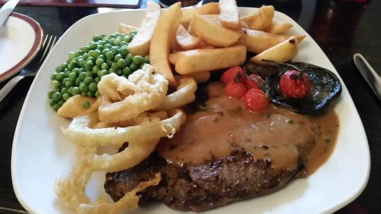 Kenlis Arms: Steak and chips
