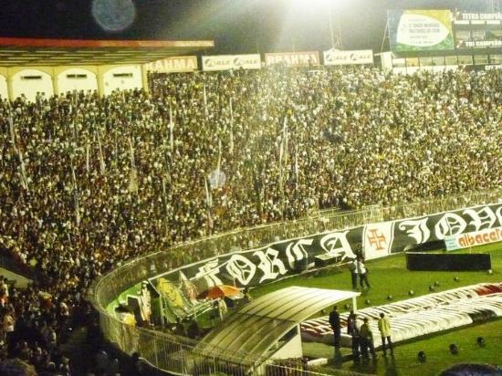 Sao Januario Stadium: São Januário Lotado! Muito LIndo!!!