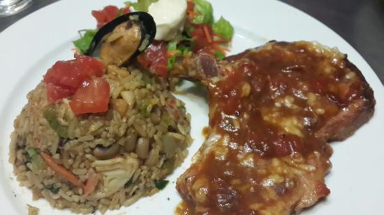 Candilejas Restaurante: Cocteles y cocina de autor