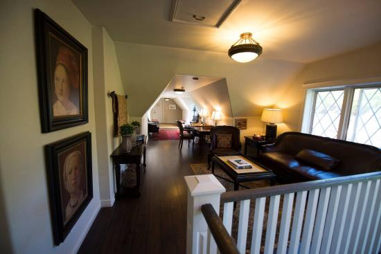 The Doctor's House Inn & Spa: Inside the Doctors In