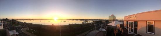 Harbourside City Backpackers : sunrise