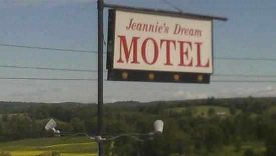 West Winfield, État de New York : Motel Sign