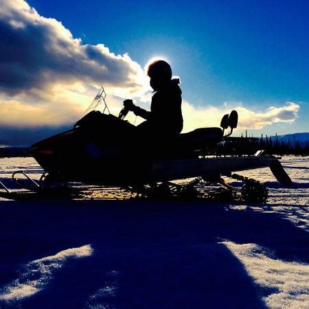 Alaska All Terrain Tours - Day Tours: Riding on the Yentna River