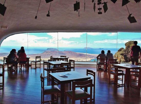 Mirador del Rio: Cafe mit Aussicht