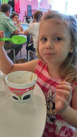 Sweet Frog Frozen Yogurt: YUM