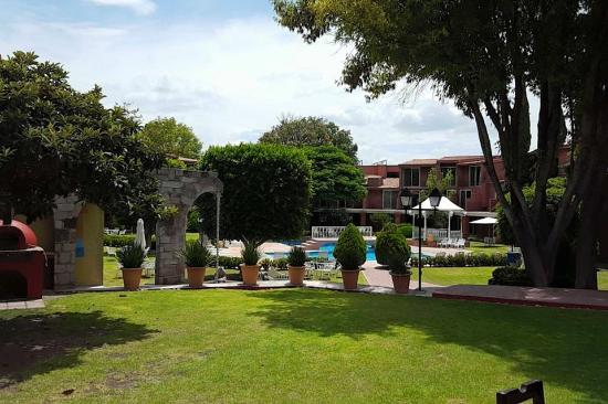 Jardines del hotel picture of real de minas san miguel for Jardin san miguel de allende