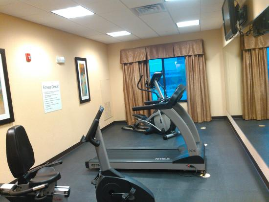Holiday Inn Express Somerset: Exercise area
