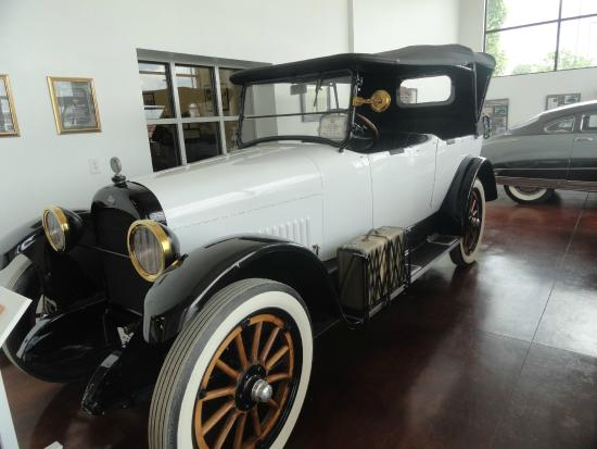 Swope's Cars of Yesteryear Museum: My favorite!