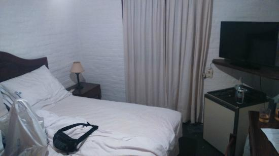 Hotel Camelot: Cama
