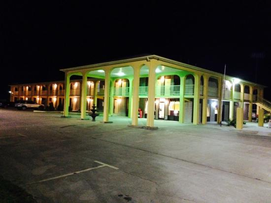 Executive Inn Scottsville