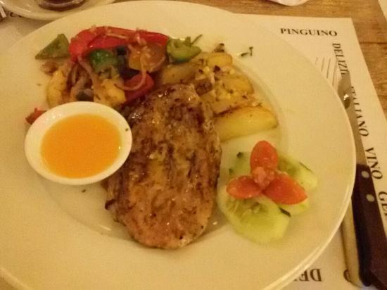 Il Pomodoro: Chicken steak with orange sauce