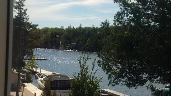 Big Tub Harbour Resort: Boats docked at the hotel marina