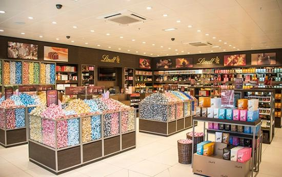 Wide range of chocolate products - Picture of Lindt Chocolate Shop