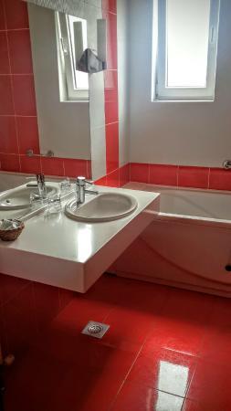 Hotel Rotondo: Bathroom