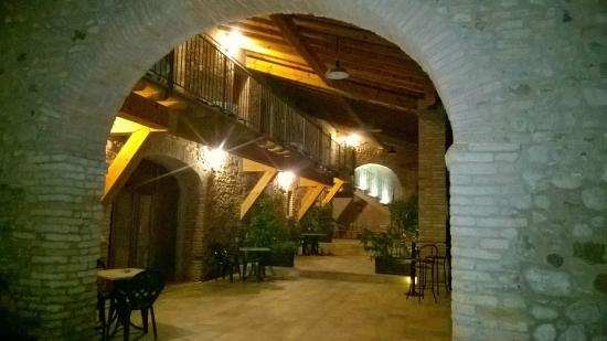 8aee9291c9 dal parcheggio - Picture of Agriturismo Corte La Sacca, Pozzolengo ...