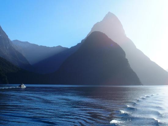 Queenstown, New Zealand: Beautiful Milford Sound