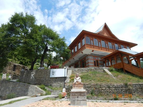 Hotel Kinner Kailash (HPTDC): Front view