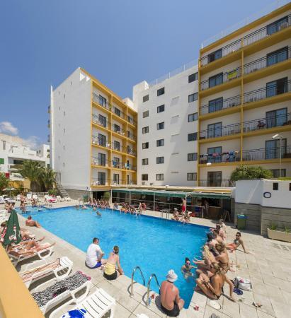 Hotel Brisa : Piscina