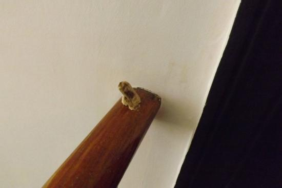 The Beeches Hotel: Chewing gum on banister