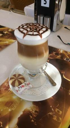 Mandalin Resturant: Latte