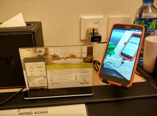 The Fleming, Hong Kong: Smartphone proposé par l'hotel (gratuit)