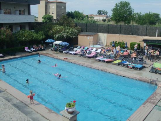 Santa Susanna Resort: The Swimming Pool