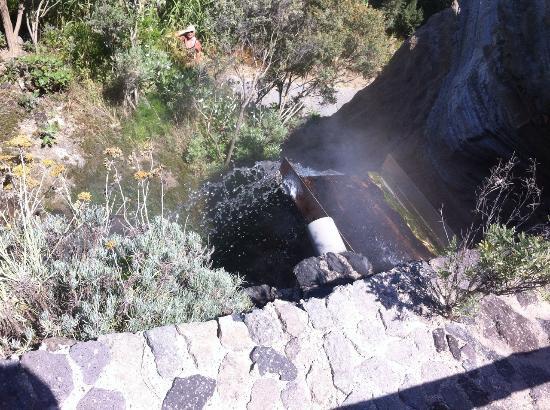 Bagno Giapponese Terme Ischia : Acqua termale a 90 gradi !!! foto di giardini poseidon terme