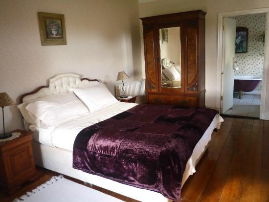 Teltown House B&B: Most comfortable bed ever!