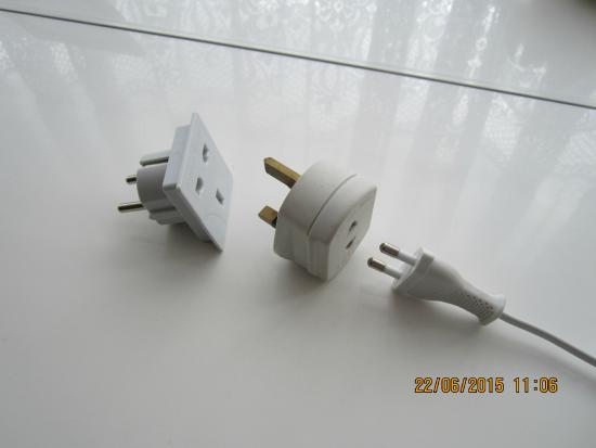 TUI MAGIC LIFE Fuerteventura: Sockets required for shaver etc in bathroom as discussed in review.