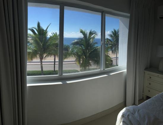 Beach Plaza Hotel Foto