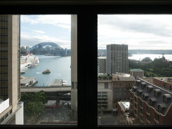InterContinental Sydney: View of the bridge from our room