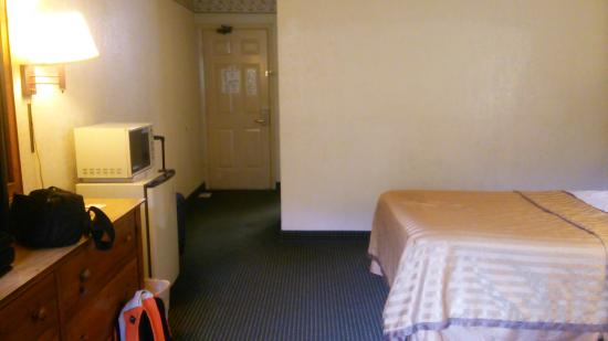 Travelodge San Antonio/Near Fort Sam/ATT Center: 部屋