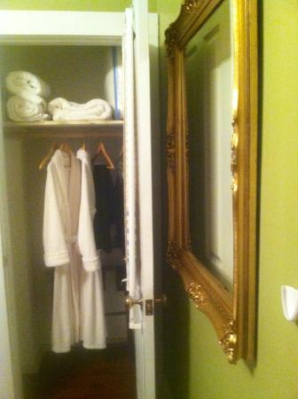 Nostalgic Place Bed & Breakfast Inn: Classically comfortable