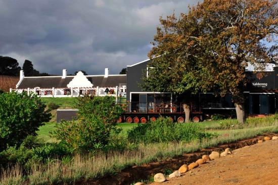 Aaldering Vineyards & Wines Luxury Lodges: Ligging