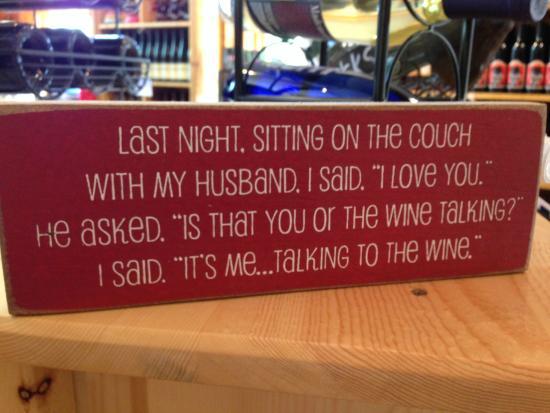 Harbor Ridge Winery : Lots of gift ideas!