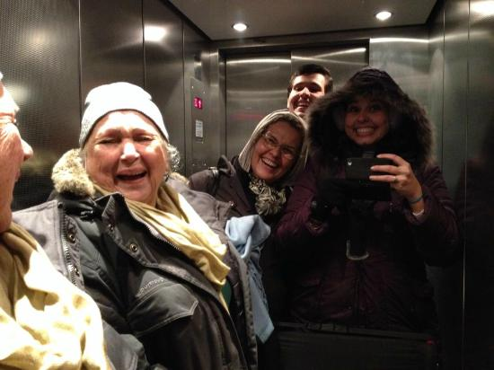 Willy Hotel Frankfurt: At the elevator