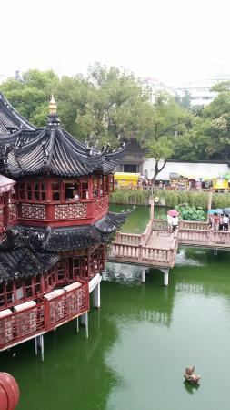 Yu Garden (Yuyuan): The Pond Center Tea House.
