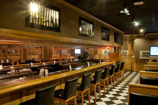 Tucker's Restaurant: We have a large bar with plenty of seating area