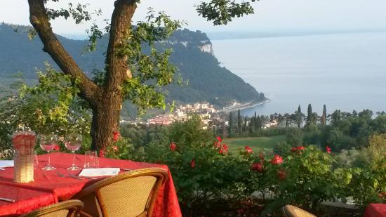 Ristorante Ca' degli Ulivi: Ausblick zum Gardasee