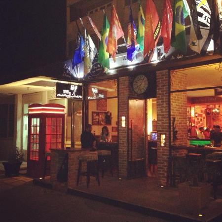 Spago Pub