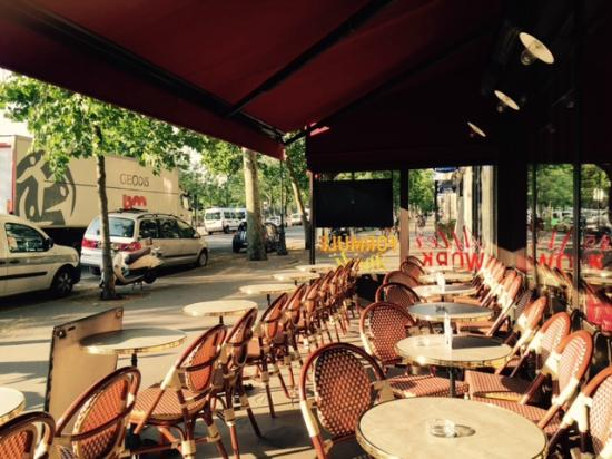 terrasse picture of le cafe gourmand paris tripadvisor. Black Bedroom Furniture Sets. Home Design Ideas