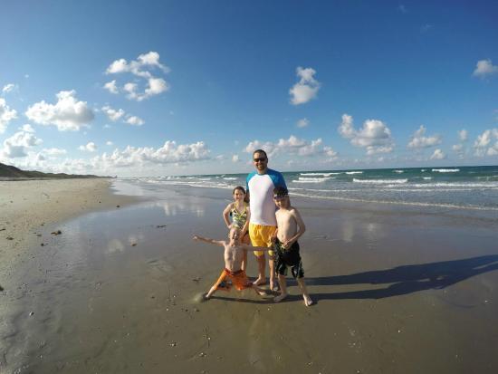 Sea View Inn: no overcrowded beach here!