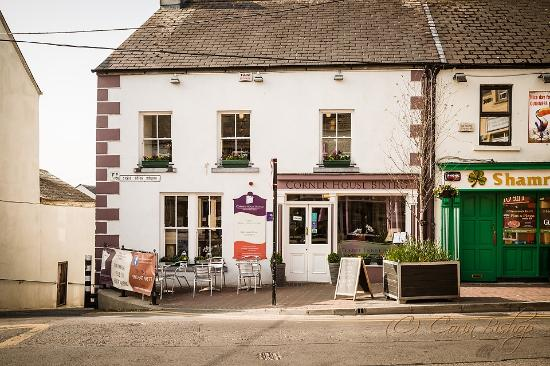 Corner House Bistro : For something special in the heart of Athlone. Family run bistro est. in 2012 renowned for quali