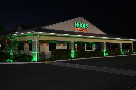 Hoops Bar & Grill