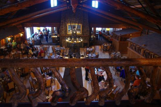 Old Faithful Inn Dining Room: Old Faithful Dining Room Overview