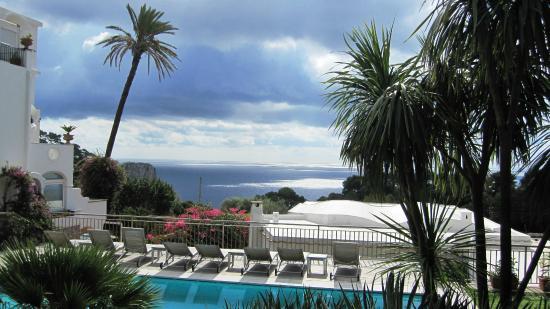 Hotel Canasta: Stunning views and swimming pool