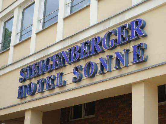 Steigenberger Hotel Sonne: Hoteleingang