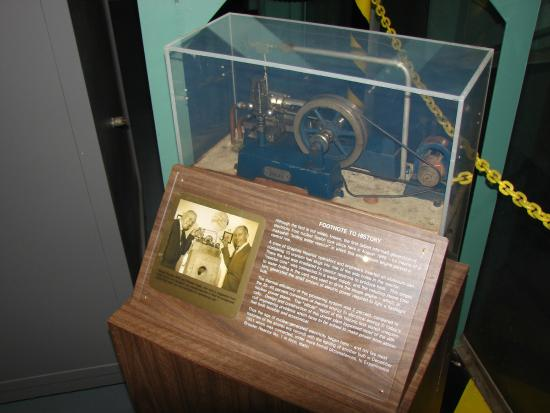 American Museum of Science & Energy : Typical Display at Graphite Reactor