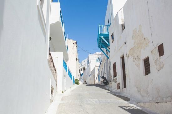 Astypalaia Hotel Palace : Streets up to Chora Castle - Nick Rutter Photography